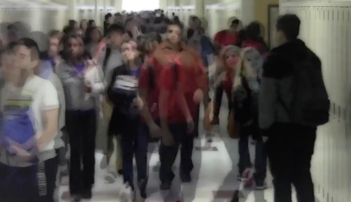 Freshmen reflect first week at HHS
