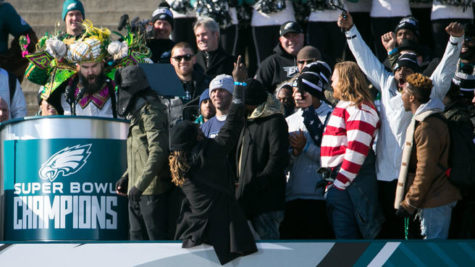 A Day of Absence: Eager Eagles Fans Flock to Parade