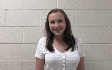 Elyse Ryan for Sophomore Vice President