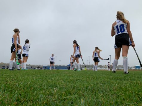 Field Hockey wins Round 1 playoff game against Timber Creek in double overtime