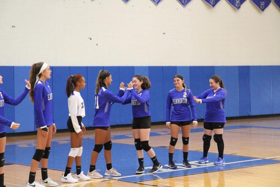Girls+volleyball+players+discuss+season+postponement